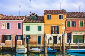 外壁塗装に最適なのは何色?おすすめの色選びを徹底解説!