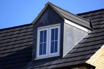 屋根塗装は雨漏りに効果的?塗装の目的と雨漏り工事の種類を紹介