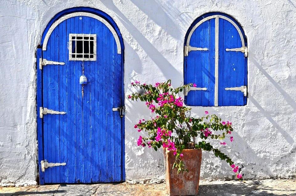 スタッコの特性を理解した業者に依頼して外壁塗装をしよう